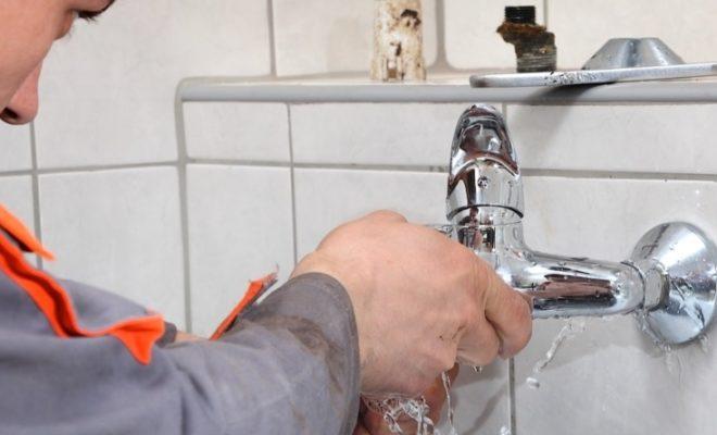 5 astuces pour réparer une fuite d'eau soi-même ?