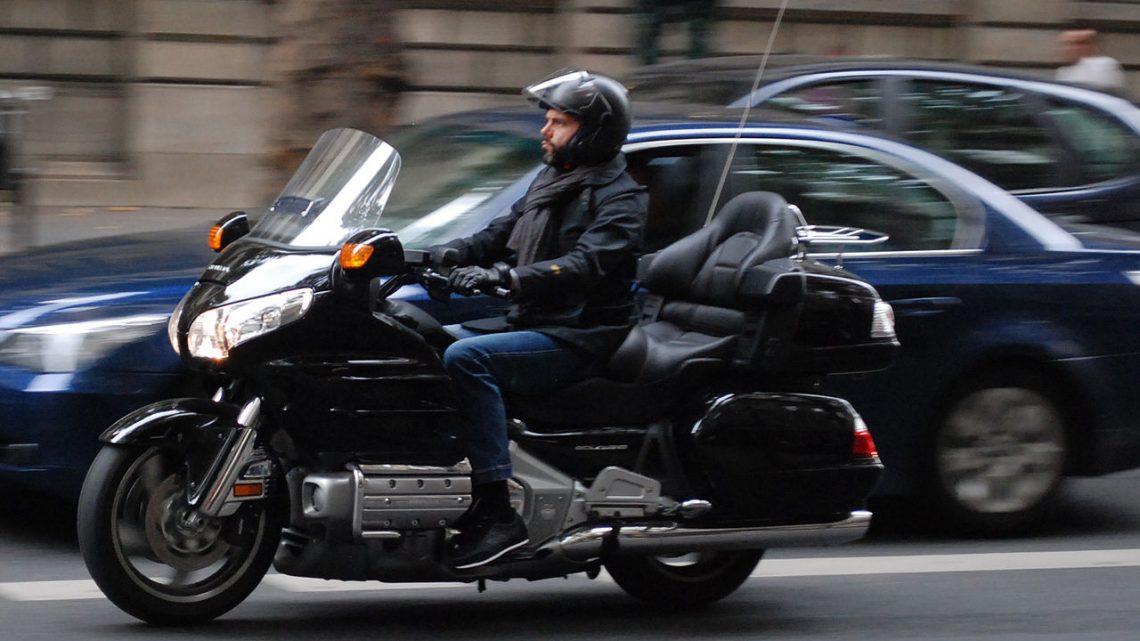 Pourquoi choisir le transport en taxi moto?